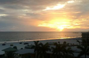 Sannysideoflife_St. Pete Beach Sundown_Florida